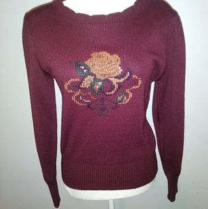 Vintage Sweater w/ embroidered design